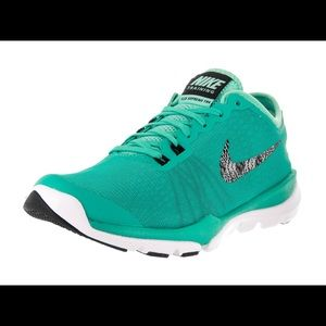 Nike Flex Supreme Tr 4 Traing Shoes
